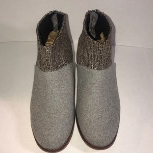 New TOMS Ankle Boots 8.5 W